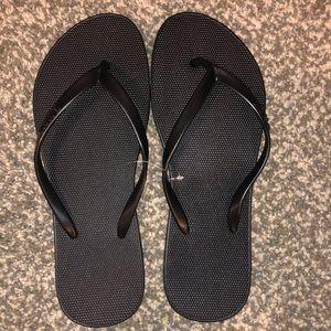 NWT VS/PINK Flip-Flops Size 7/8